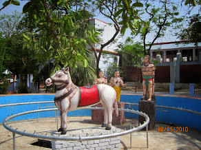 The sacrificial horse of Sri Rama's Aswamedham captured by Lava and Kusha