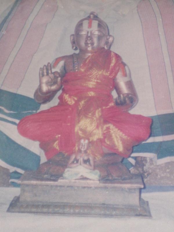 Thiruvellarai%20Sannidhi%20Engalazhwan