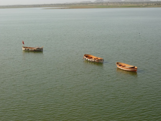 RAJSAMUNDAR LAKE AT KANKROLI DWARAKA