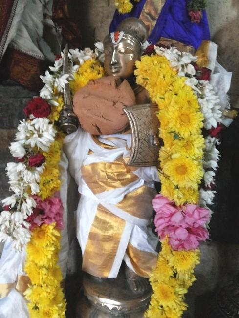 Thiruvallur_Thirumangai-Mannan_13