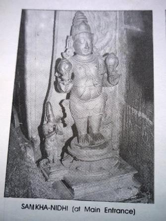 sanganidhi-statue-in-thirumalai-temple-sanctum