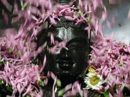 suprabhatam-seva-iskcon-temple